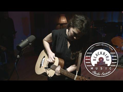 Alejandra Ribera - No Me Sigas (Blackbird Music Studio Sessions #4)