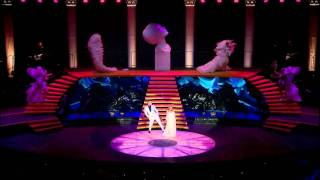 Kylie Minogue - Everything Is Beautiful [Aphrodite - Les Folies Tour]