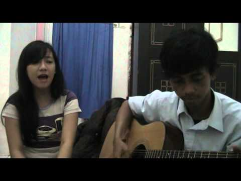 Pupus Dewa 19 Acoustic cover by Asnur&Sasti)