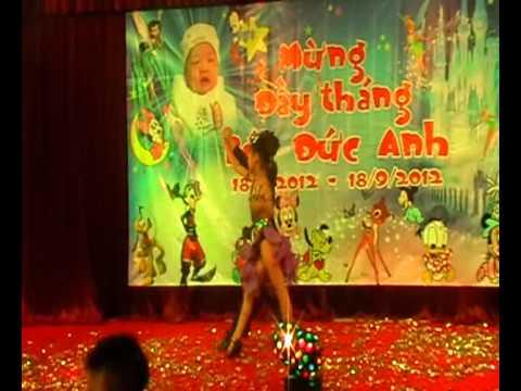 Khoa Dương mừng đầy tháng bé . 9-2012.avi