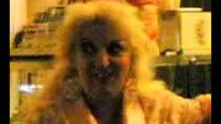Mitica Terry canta per tutti voi