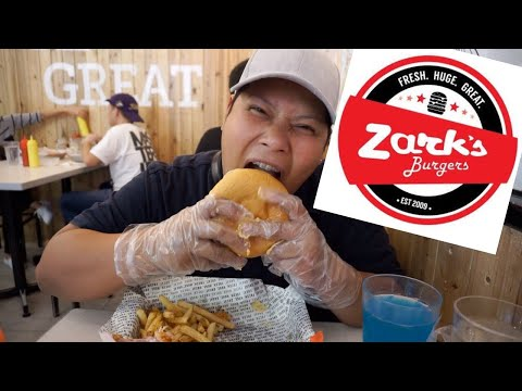 Eating Zarks Burger for the first time in the Philippines