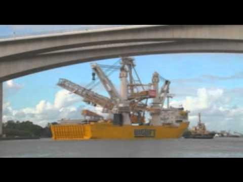 Happy Buccaneer - Shiploader 1380 TON - Biglift