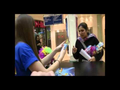 Madagascar 3 Europe's Most Wanted UK shopping centre tour