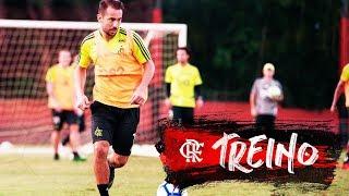 Flamengo faz último treino antes de enfrentar o Fortaleza
