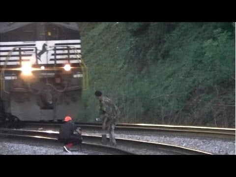 Norfolk Southern 22Q Meets 26Q With IDIOTS on The Tracks! Mableton,Ga 04-15-2017©
