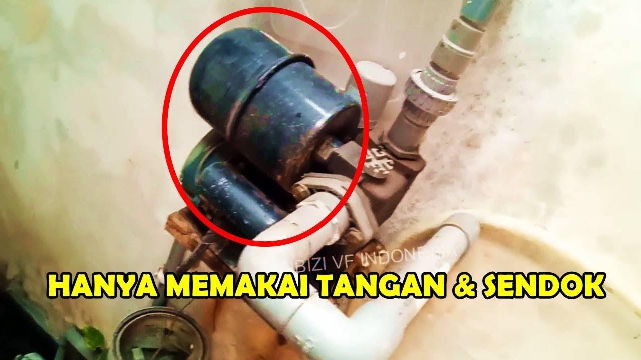 memasang tabung pompa air