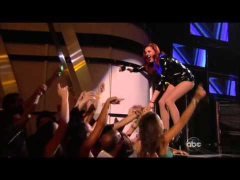 The 2013 Billboard Music Awards - Icona Pop - I Love It