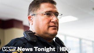 Teksas'ta bu Okul Kendi Polis gücünü Oluşturabilir (HBO)