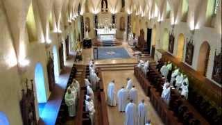 Feast of the Assumption - Abbey of Saint-Joseph de Clairval in Flavigny-sur-Ozerain - Entrance