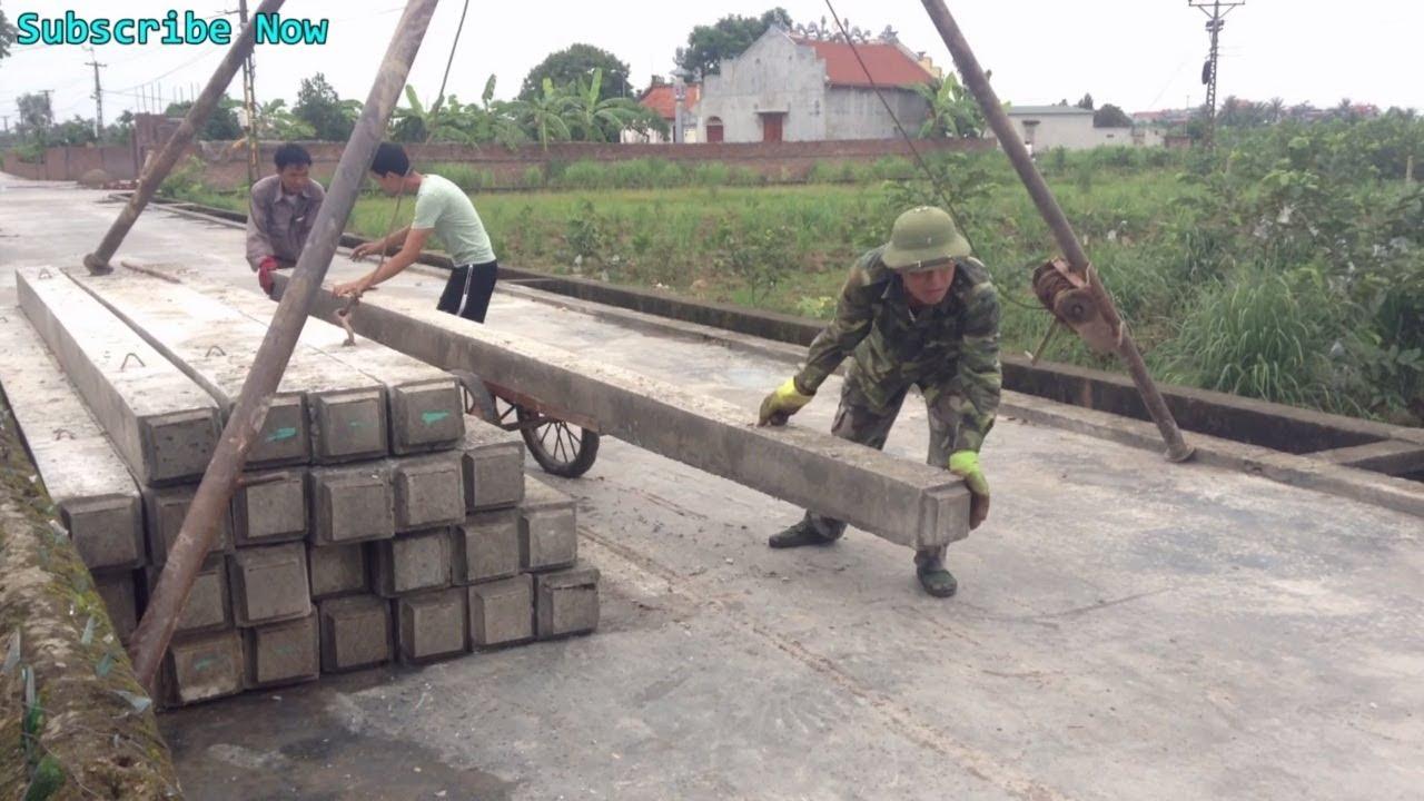Primitive Heavy Equipment Machine Construction Process Foundation Using  Precast Concrete Piles