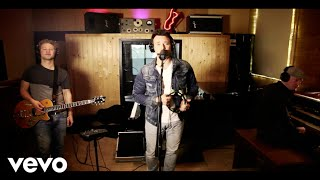 Chris Hordijk - We All Got Our Something (Live @ Marmalade Music Recording Studio)