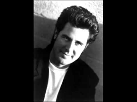 VINCE GILL - NEVER ALONE.. [STILL PICTURES].flv