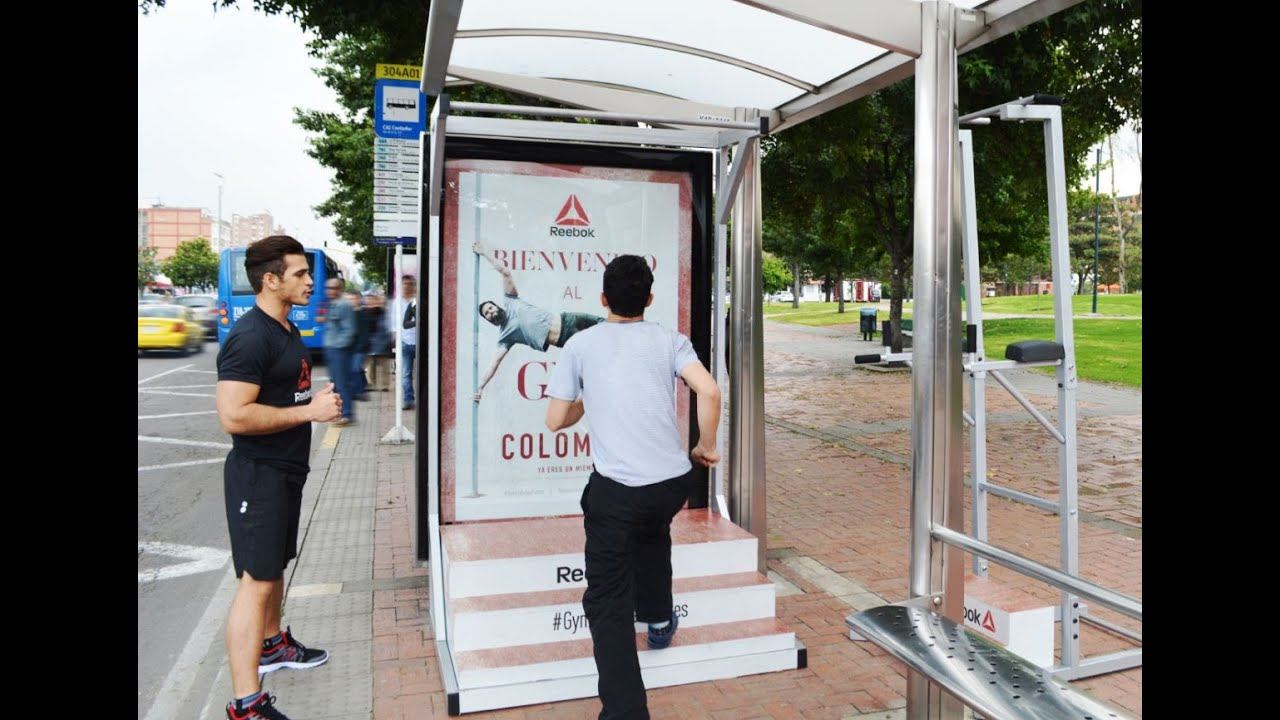 Reebok transforms bus stops into mini gyms