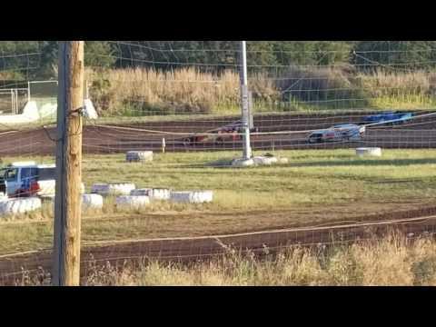 Southern Oregon Speedway 6-17-2017 Sport mod heat 2