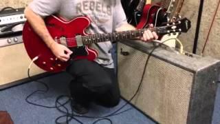 1966 supro vibra verb vintage guitar amplifier demo 90 s mik epiphone dot video 3