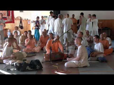 Киртан Кадамба Канана Свами - Вечерний киртан