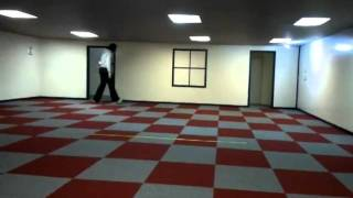 The Amazing Shrinking Woman - Ames room