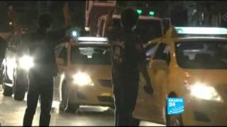FRANCE 24 Reporters - La guerre des ramasseurs de cadavres en Thaïlande