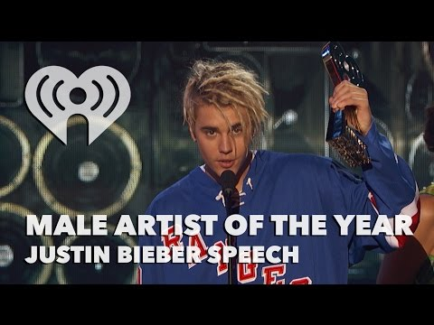Justin Bieber Wins 2016 Male Artist Of The Year | Exclusive