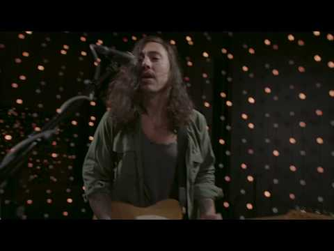 Noah Gundersen - Heavy Metals (Live on KEXP)