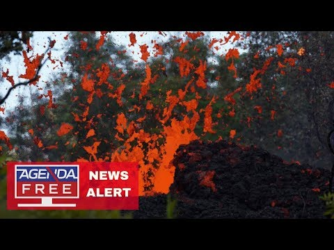 New Lava Fissure Opens in Hawaii - LIVE COVERAGE