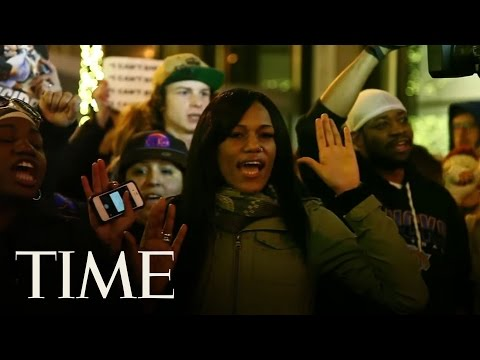 I Can't Breathe' Protests Erupt In New York City After No Chokehold Indictment | TIME
