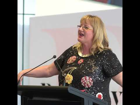 Theresa Gattung – Broad-ly Speaking Auckland