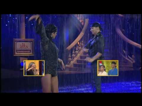 Sudáfrica - Bajo la Lluvia - Segundo Campeonato Mundial de Baile (HD) 30/05/10
