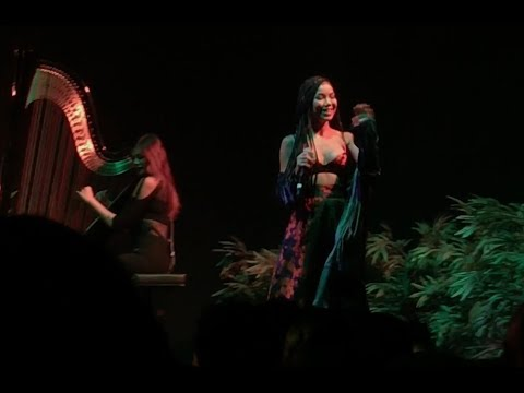 JHENÉ AIKO - While We're Young LIVE DENVERCO