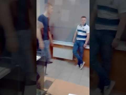 Нападение на меня полицая в ОП №36 и отъём телефона с видео (2018 07 17)