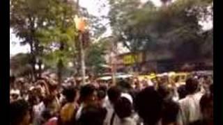 Chak De India 1st Day 1st Show Response (BIG HIT)