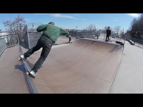 Mini Ramp, Slams, and Bank Work - 43 Year Old Skate Every Day #353