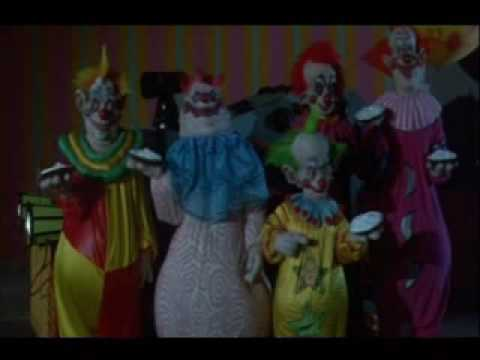 Lethal Pie Fight - Killer klowns from outer space