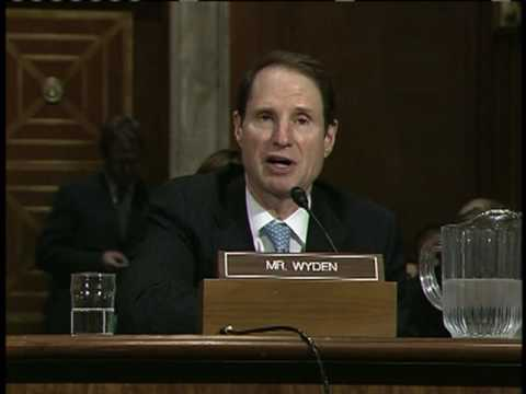 Wyden Urges End to Ban on Using Forest Waste for Alternative Fuels