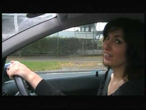 Public transport vs car peak hour in Melbourne