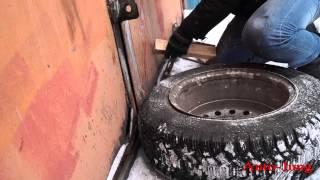 Шиномонтаж бескамерного колеса в домашних условиях(, 2014-12-01T12:42:08.000Z)