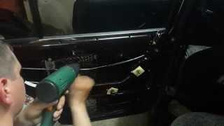 Шумоизоляция автомобиля ВАЗ 2107 своими руками(задняя дверь)STP /insulation car(В этом видео расскажу, как клеить СТП и покажу на примере задней двери как это делается теперь я и в Instagram..., 2015-06-05T19:47:25.000Z)
