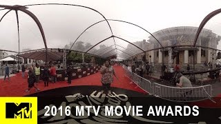VR 360: Take a Tour of the Movie Awards Set w/ Nicole Byer | 2016 MTV Movie Awards