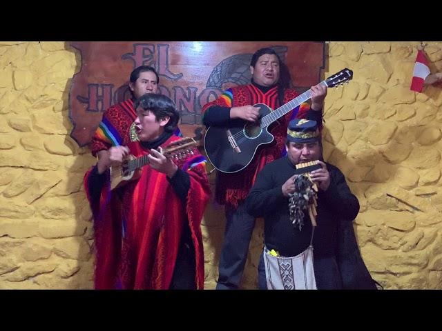 musique péruvienne dans la vallée de Colca