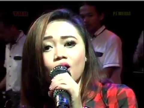 Sweet Child O' Mine Voc. Nita Savana - ZELINDA MUSIC Live THR Sriwedari Solo 2017