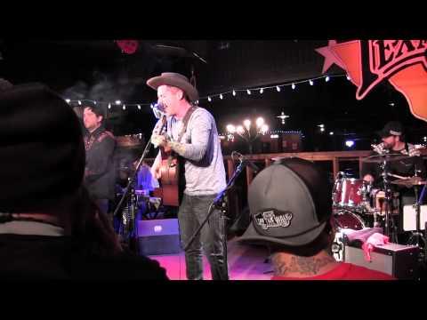 Holy Moly at Billy Bob's - 12/13/12 - Liquor is Evil