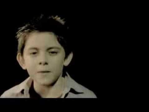 Lagu Syahdu Tell Me Why Nyanyian Anak Kecil