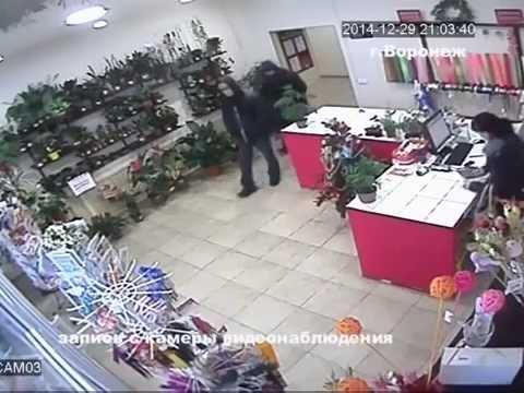 В Воронеже полицейские задержали подозреваемых в разбойном нападении