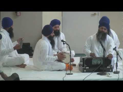 Kirtan by Bhai Sukhdev Singh Ji-Gurduara El Sobrante ca 8-8-2010 Travel Video