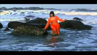 Repeat youtube video Raveena Tandon bikini show