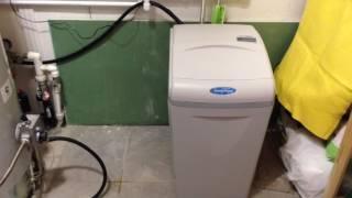 видео Фильтр умягчение и обезжелезивание Аквафор WaterBoss