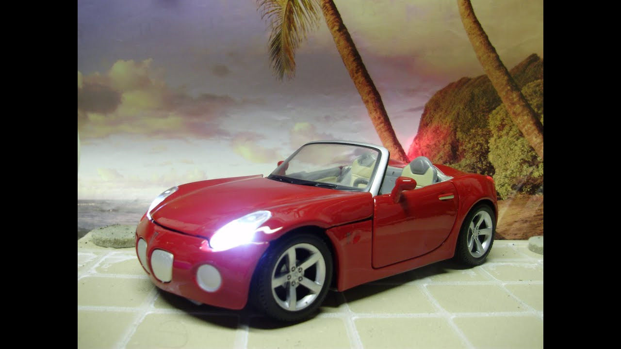 Custom 1 24 Scale 2006 Pontiac Solstice Cast Model With Working Lights