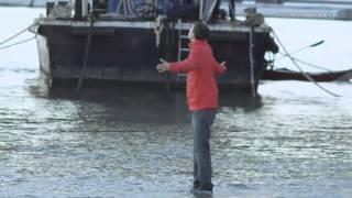 Levitação: caminhando sobre água - Dynamo: Mágica Impossível l Discovery Channel
