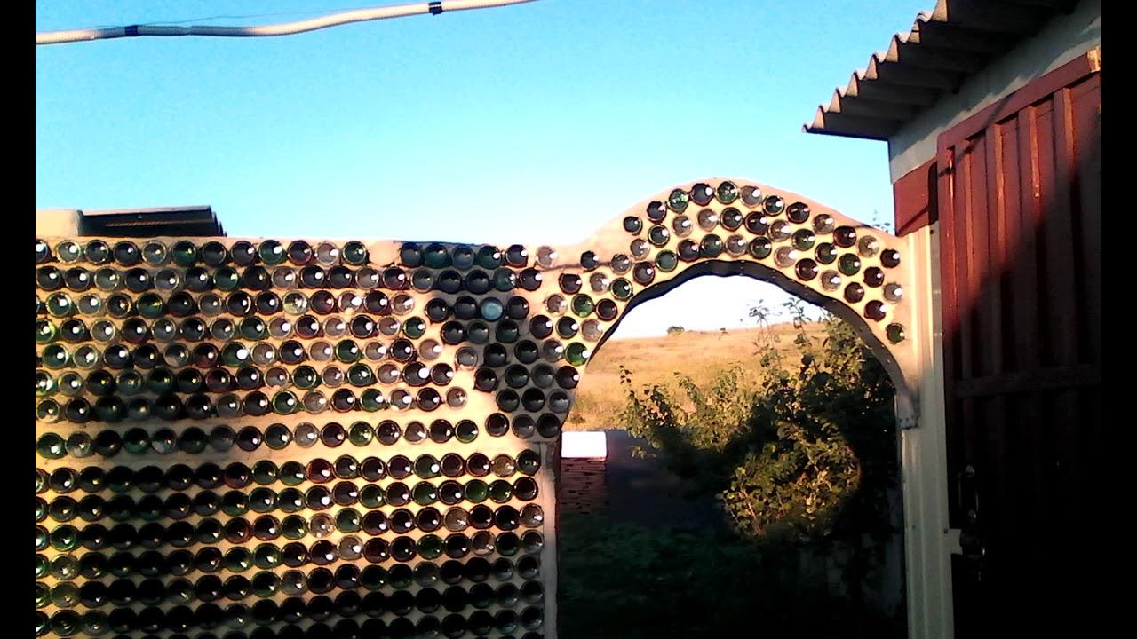 примеру, заборы из бутылок фото потолки фотопечатью
